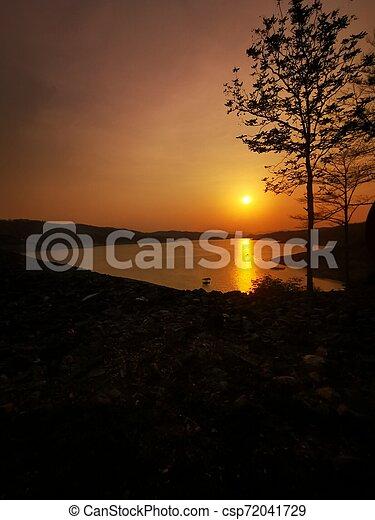 Evening sun - csp72041729