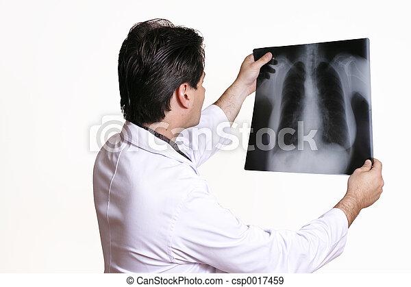 Examining X-ray - csp0017459