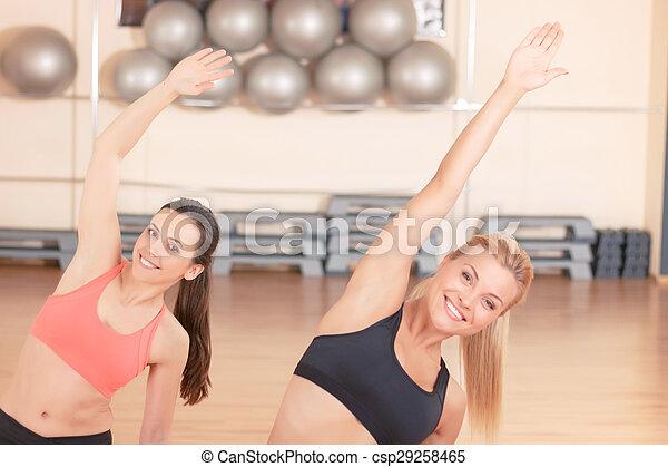 exercícios, esticar, duas mulheres - csp29258465