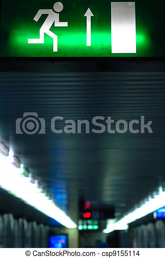 Exit sign in metro - csp9155114