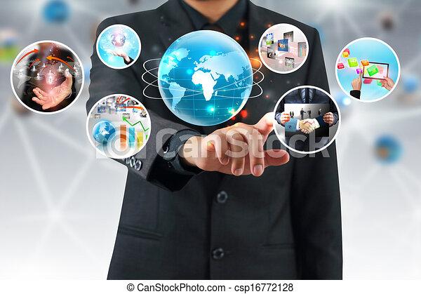 El hombre de negocios presiona negocios exitosos - csp16772128
