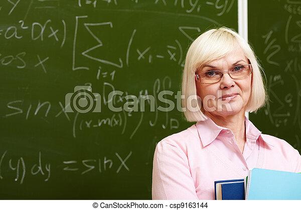 Experienced teacher - csp9163144