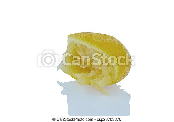 Limón exprimido - csp23783370