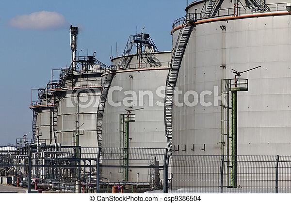 Tanques de gas con extinguidores - csp9386504