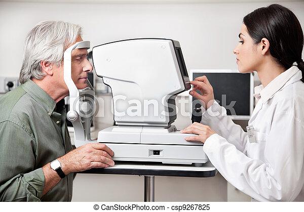 Eye Examination Through Visual Field Test - csp9267825