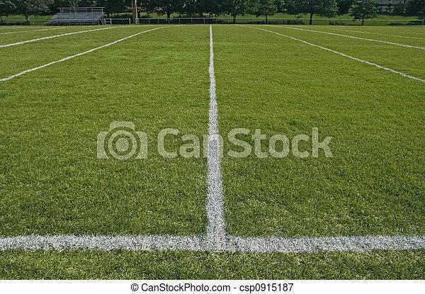 Líneas límite blancas de fútbol - csp0915187