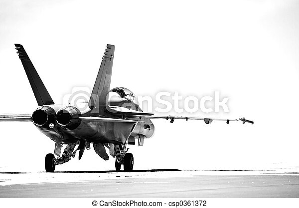 F18 taxiing bw - csp0361372