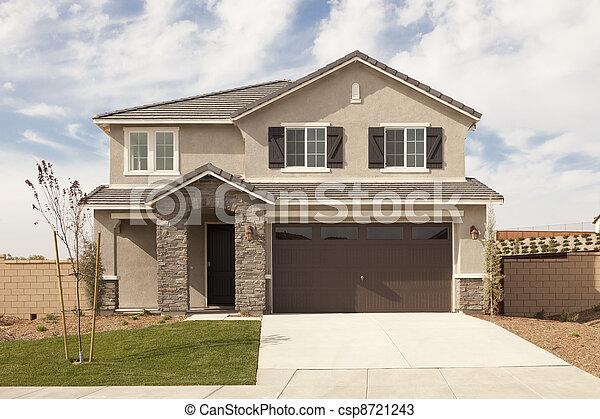 façade, maison, récemment, moderne, constructed - csp8721243