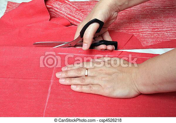 how to cut fabric with scissors