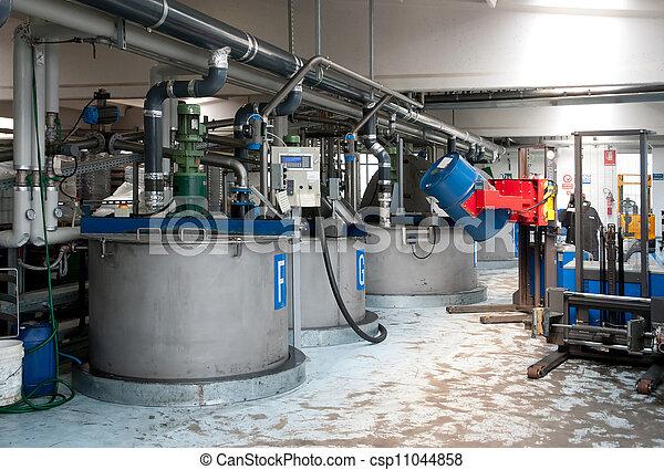 fabriekshal, industriebedrijven, olie - csp11044858
