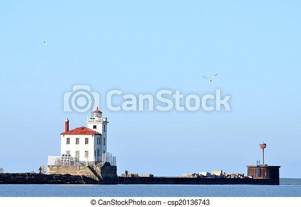 Fairport Harbor Lighthouse on Lake Erie - csp20136743