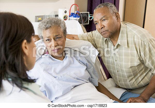 falando, par velho, doutor - csp1718823