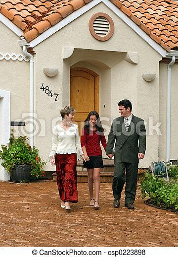 família, feliz - csp0223898