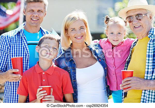 família, lazer - csp26924354