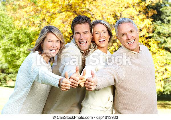 familia , feliz - csp4813933