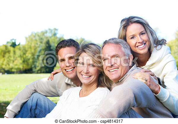 familia , feliz - csp4814317