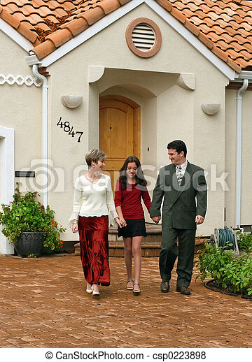 familia , feliz - csp0223898