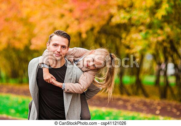 famille, avoir, automne, amusement, jour, heureux - csp41121026