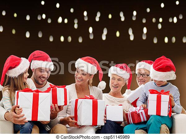 famille, chapeaux, dons, santa, noël, heureux - csp51145989