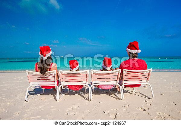 famille, chapeaux, quatre, santa, plage, rouges, heureux - csp21124967