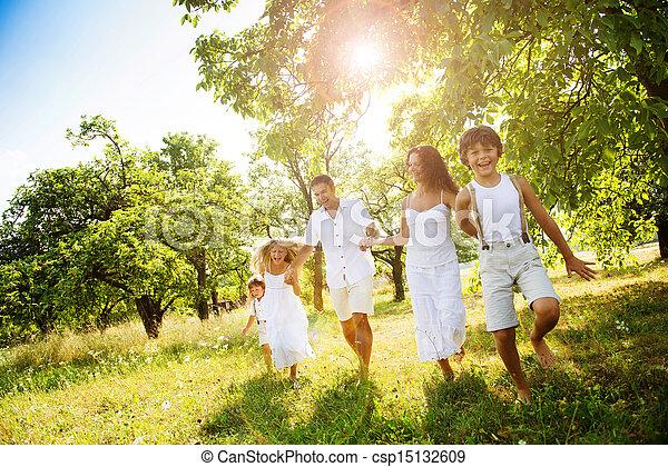 famille, heureux - csp15132609