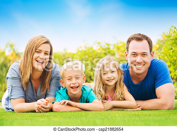 famille, heureux - csp21882654