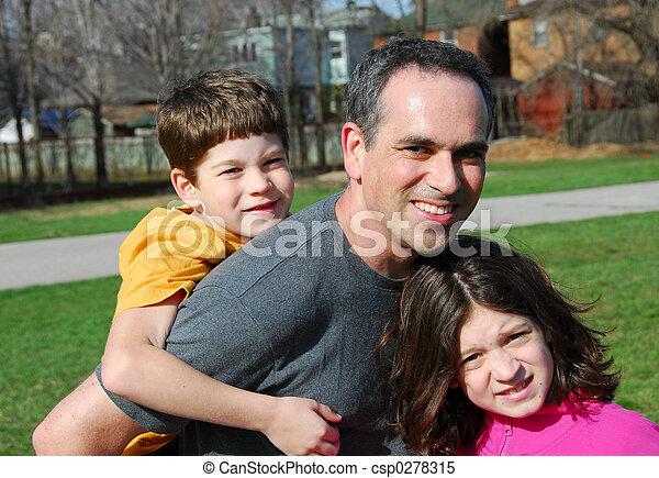 Family father children - csp0278315