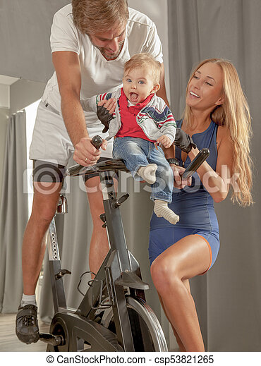 Family Jim Care Baby Love Cycling - csp53821265