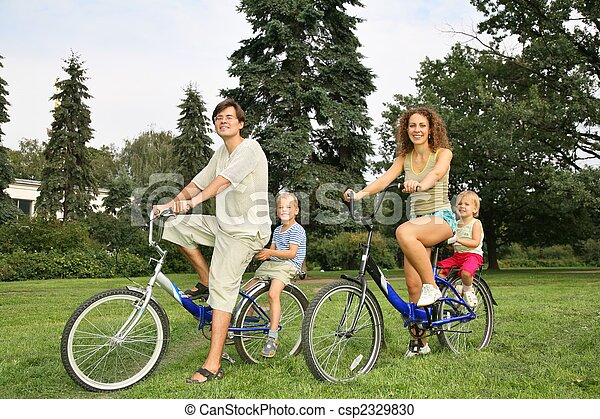 family on bicycles - csp2329830