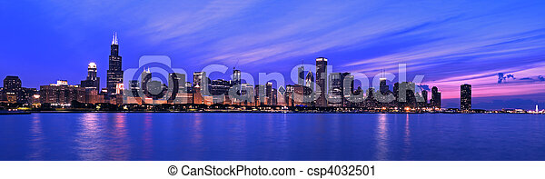 XXL - famoso panorama de Chicago - csp4032501