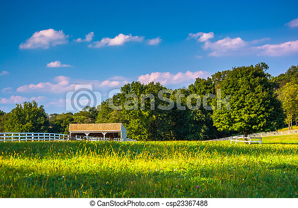 Farm field and stable in Howard County, Maryland - csp23367488