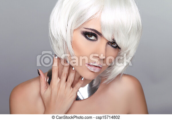 Fashion Beauty Blond Girl. Woman Portrait with White Short Hair. Hairstyle. Make up. Vogue Style. - csp15714802