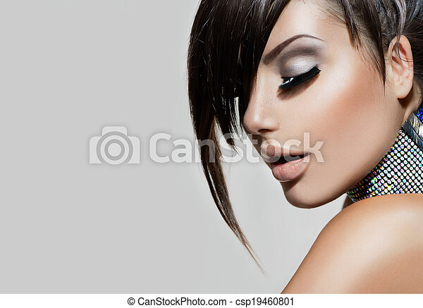Fashion Beauty . Gorgeous Woman Portrait - csp19460801