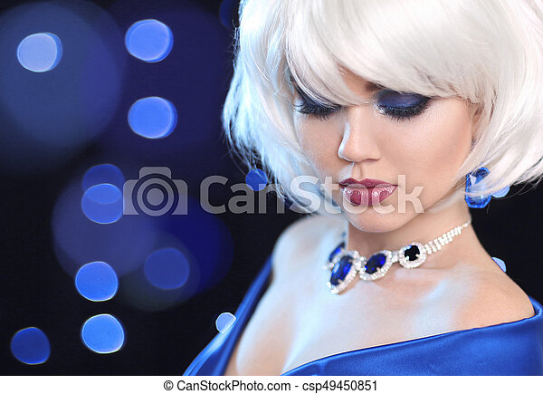 Fashion Bob Blond Girl. White Short Hair. Beauty makeup Portrait Woman. Gems jewelry pendant. Face Close up. Hairstyle. Fringe. Vogue Style. - csp49450851