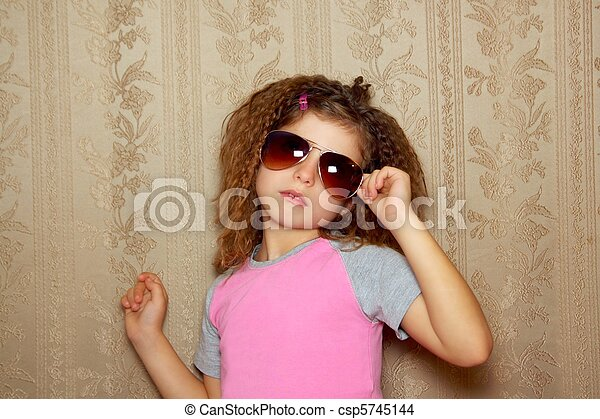 fashion little girl retro sunglasses vintage wallpaper - csp5745144