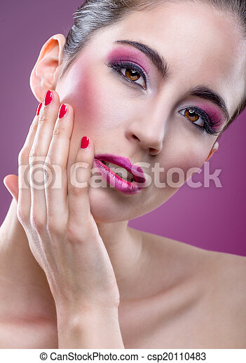 Fashion modell with beautiful pink makeup - csp20110483