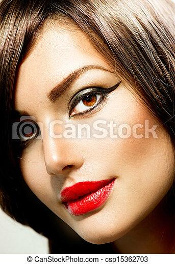 Fashion Woman Portrait. Beauty Makeup - csp15362703