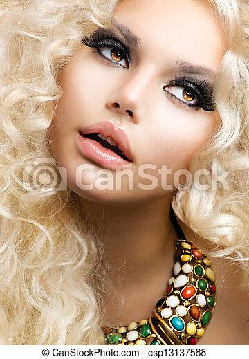 fason, piękno, kędzierzawy, zdrowy, długi, kobieta, hair., dziewczyna, blondynka - csp13137588