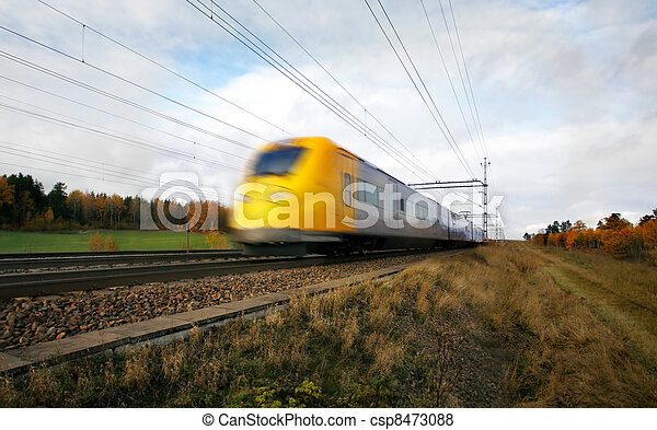 Fast train with motion blur - csp8473088