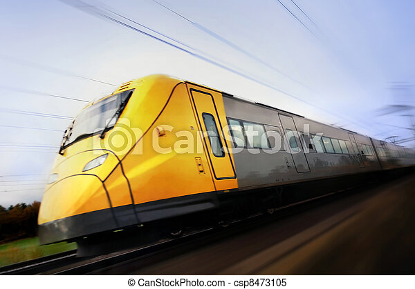 Fast train with motion blur - csp8473105