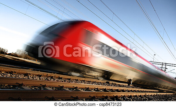 Fast train with motion blur - csp8473123
