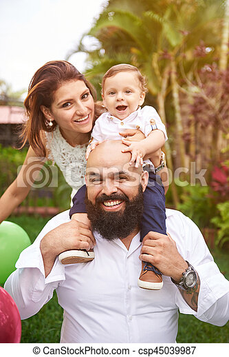 Father hold son on shoulder - csp45039987