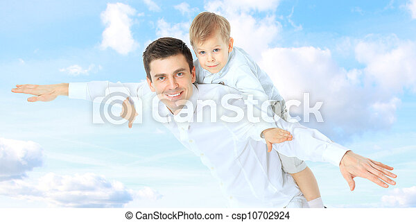 Father holding son on his shoulders - csp10702924