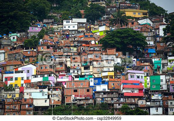 Favela - csp32849959