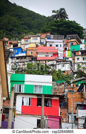 Favela - csp32849865