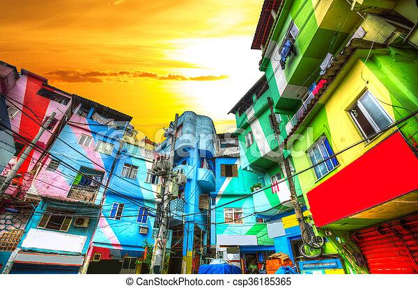 Favela - csp36185365