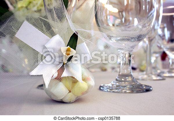 faveur, mariage - csp0135788