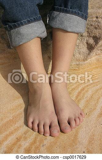 Feet - csp0017629