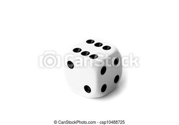 fehér, fekete, dobókocka - csp10488725