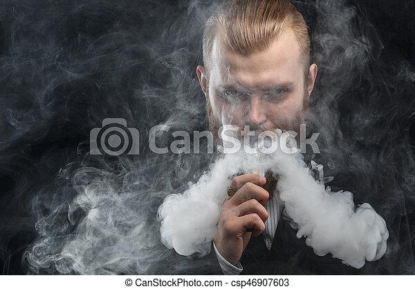 felhő, háttér., vapor., műterem, shooting., birtok, vaping, fekete, mod., ember - csp46907603